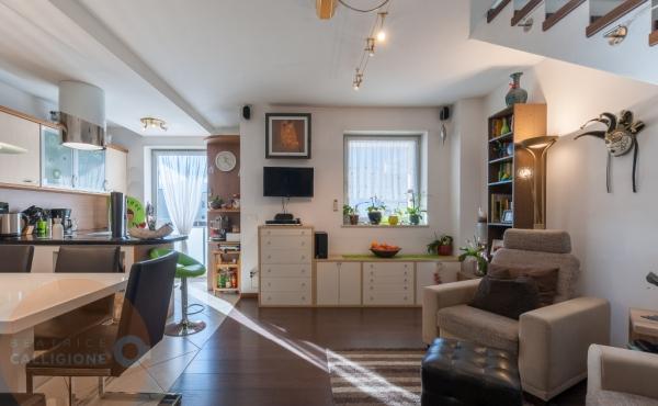2c Attico con terrazzo Merano - soggiorno