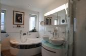 3d Attico con terrazza Merano - bagno2